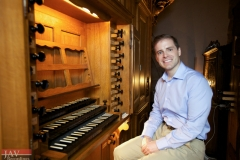 joe-vitacco-at-the-silbermann-organ-in-strasbourg-france